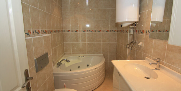 69000 Euro Sea View Apartment For Sale in Alanya 4