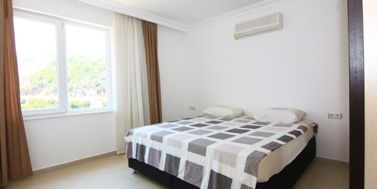 69000 Euro Sea View Apartment For Sale in Alanya 9