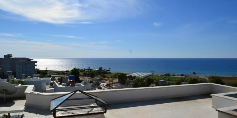 69000 Euro Sea View House For Sale in Alanya 3