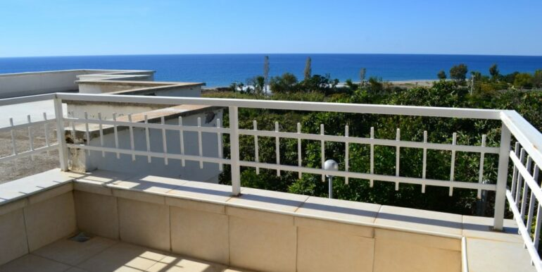 69000 Euro Sea View House For Sale in Alanya 4