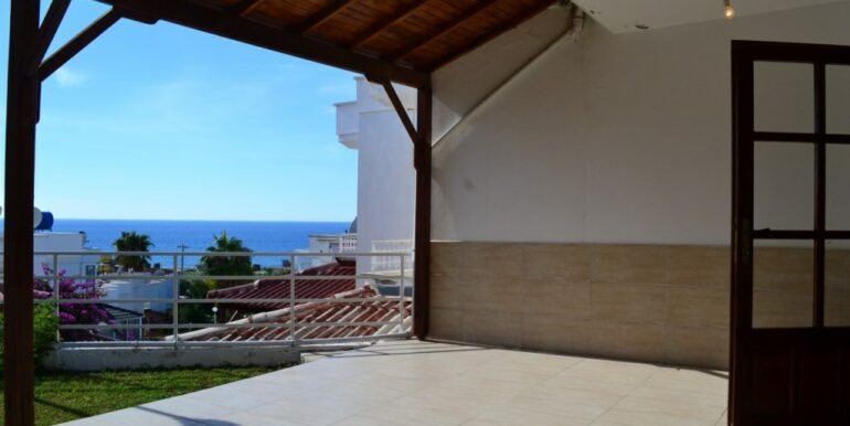 69000 Euro Sea View House For Sale in Alanya 10