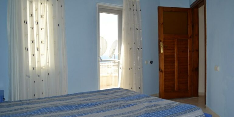 69000 Euro Sea View House For Sale in Alanya 14