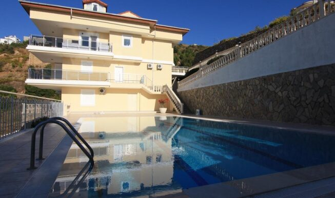 69900 Euro Seaview Penthouse For Sale in Alanya 2