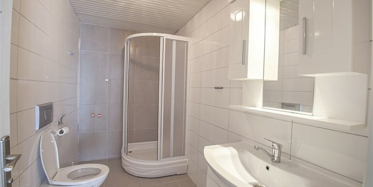 73000 Euro Penthouse For Sale in Alanya 12