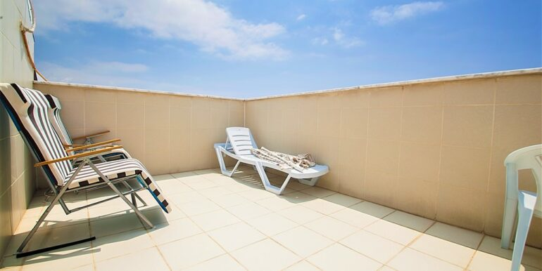 73000 Euro Penthouse For Sale in Alanya 18
