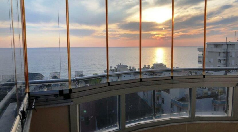 73000 Euro Sea View Apartment For Sale in Alanya 1