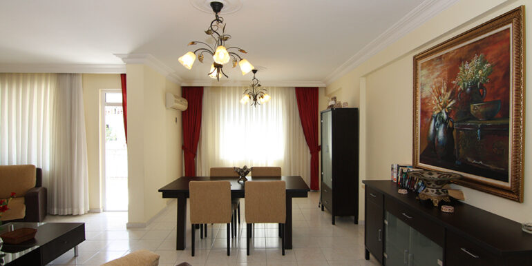 75000 Euro Centrum Apartment For Sale in Alanya 11