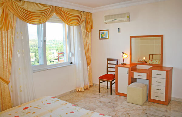 75000 Euro Sea View Apartment For Sale in Alanya 11