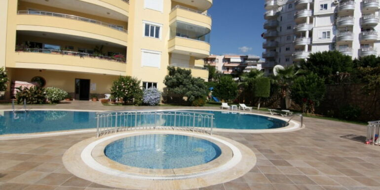 80000 Euro Sea View Apartment For Sale in Alanya Tosmur 1