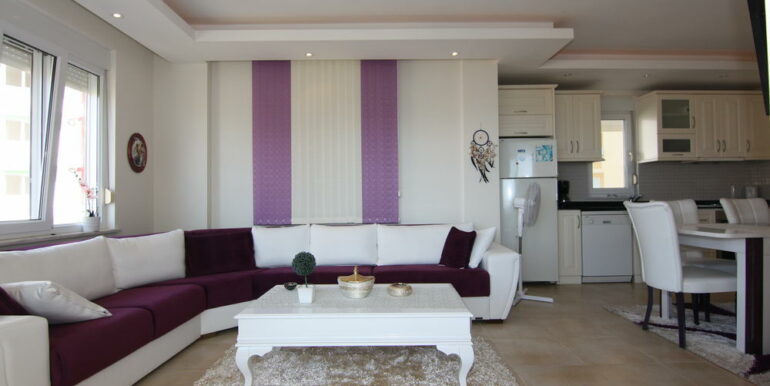 80000 Euro Sea View Apartment For Sale in Alanya Tosmur 6