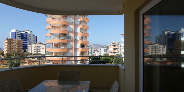 80000 Euro Sea View Apartment For Sale in Alanya Tosmur 7
