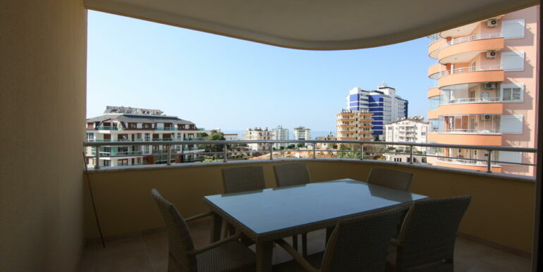 80000 Euro Sea View Apartment For Sale in Alanya Tosmur 8