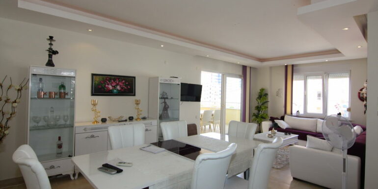 80000 Euro Sea View Apartment For Sale in Alanya Tosmur 15