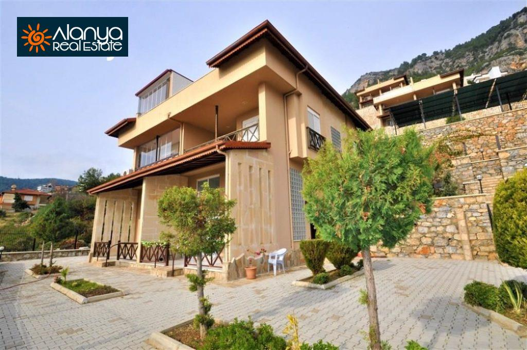 80000 Euro Sea View Penthouse For Sale in Alanya 4