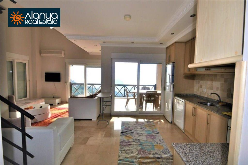 80000 Euro Sea View Penthouse For Sale in Alanya 7