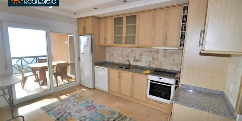 80000 Euro Sea View Penthouse For Sale in Alanya 8