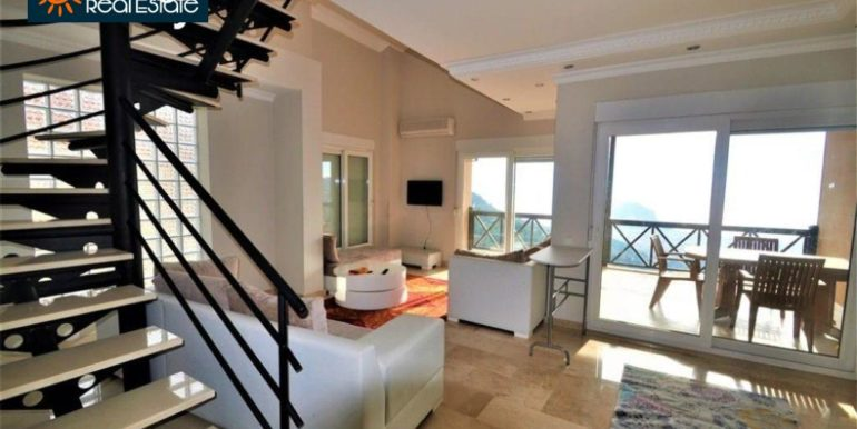 80000 Euro Sea View Penthouse For Sale in Alanya 9