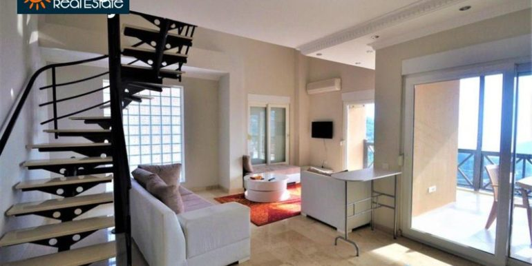80000 Euro Sea View Penthouse For Sale in Alanya 12