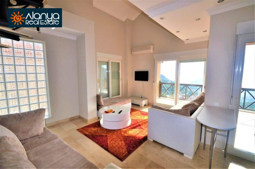 80000 Euro Sea View Penthouse For Sale in Alanya 14