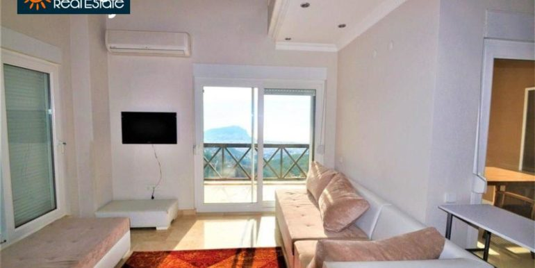 80000 Euro Sea View Penthouse For Sale in Alanya 15