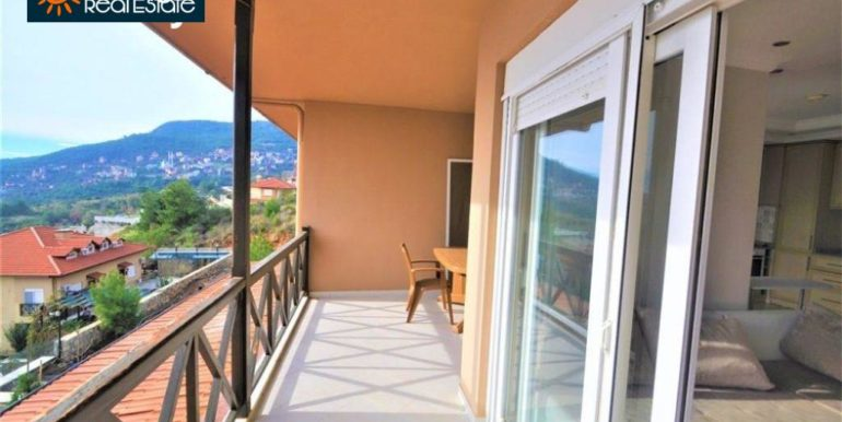 80000 Euro Sea View Penthouse For Sale in Alanya 17