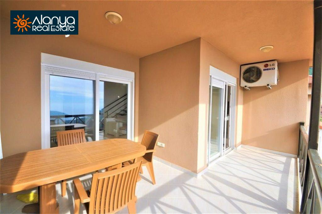 80000 Euro Sea View Penthouse For Sale in Alanya 18