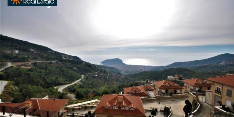 80000 Euro Sea View Penthouse For Sale in Alanya 20