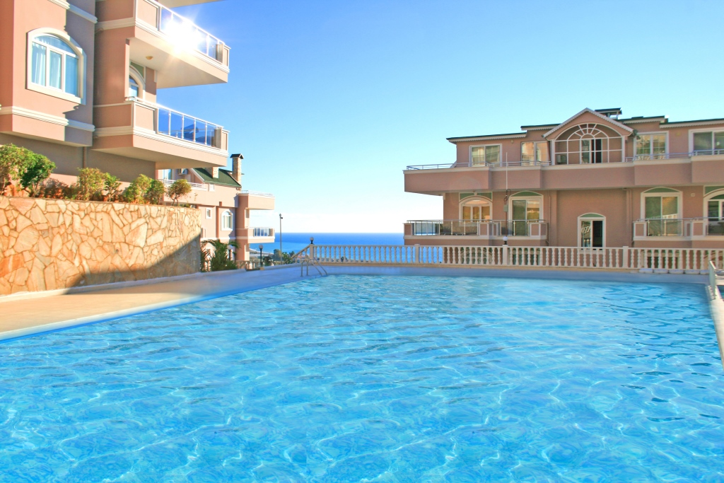 85000 Euro Sea View Apartment For Sale in Alanya