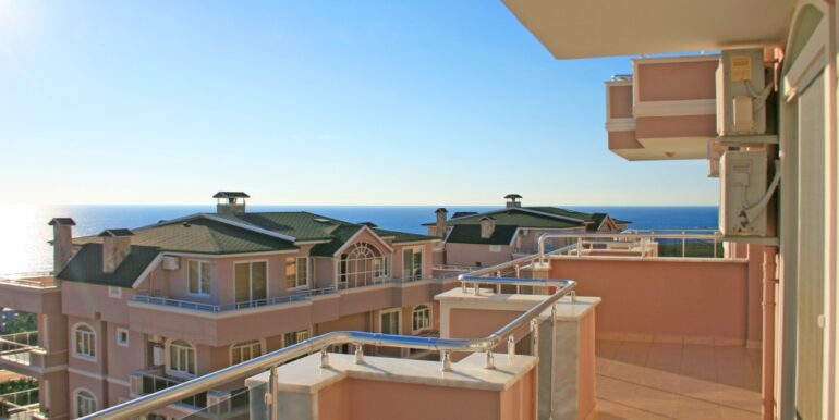 85000 Euro Sea View Apartment For Sale in Alanya 10