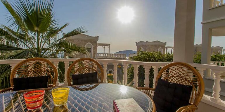 89900 Euro Sea View Apartment For Sale in Alanya 1