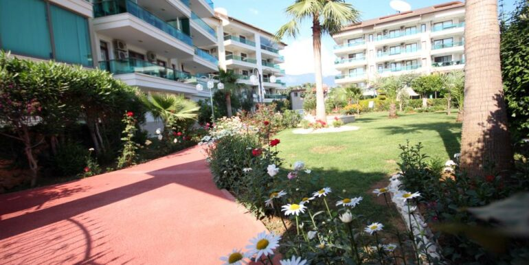 95000 Euro Penthouse For Sale in Alanya Oba 3