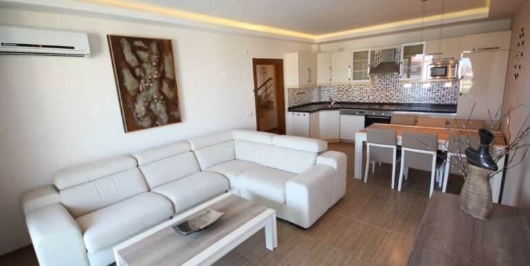 95000 Euro Penthouse For Sale in Alanya Oba 9