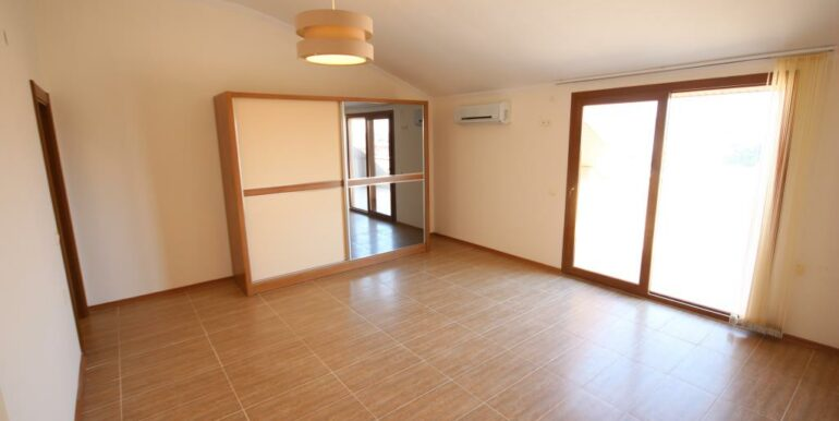 95000 Euro Penthouse For Sale in Alanya Oba 18
