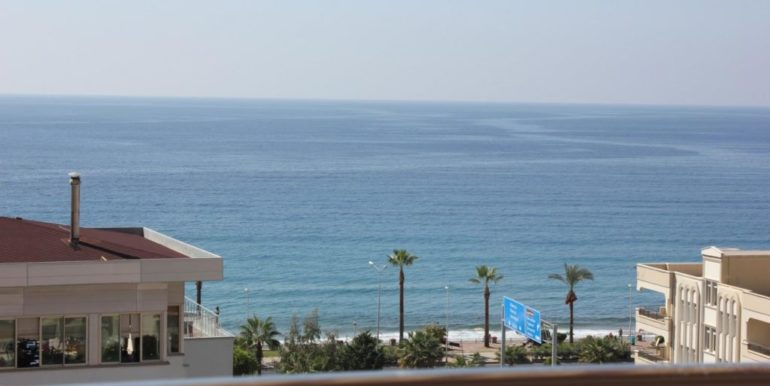 95000 Euro Sea View Apartment for Sale in Alanya 11