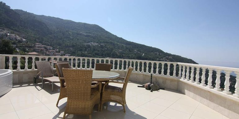 95000 Euro Sea View Penthouse For Sale in Alanya 15