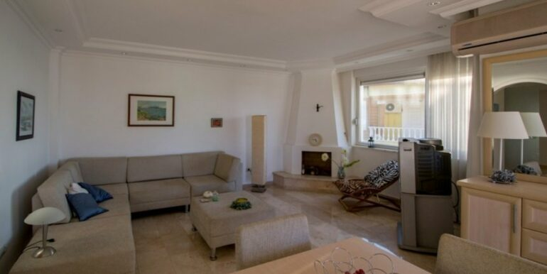 99000 Euro Penthouse For Sale in Alanya 19