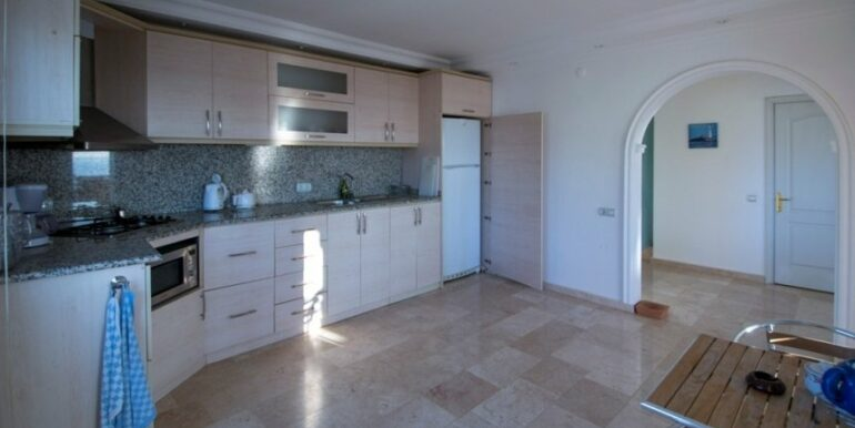 99000 Euro Penthouse For Sale in Alanya 22