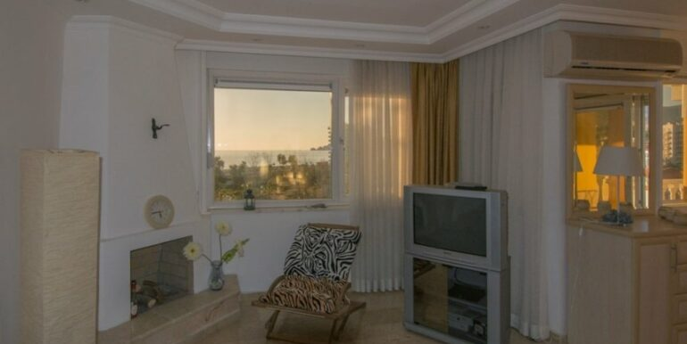 99000 Euro Penthouse For Sale in Alanya 23