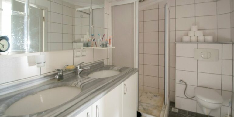 99000 Euro Penthouse For Sale in Alanya 27