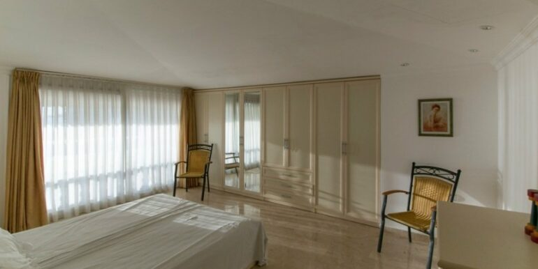 99000 Euro Penthouse For Sale in Alanya 28