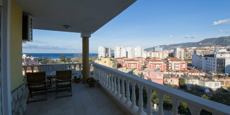 99000 Euro Penthouse For Sale in Alanya 29
