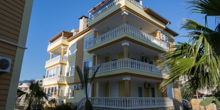 99000 Euro Penthouse For Sale in Alanya 33