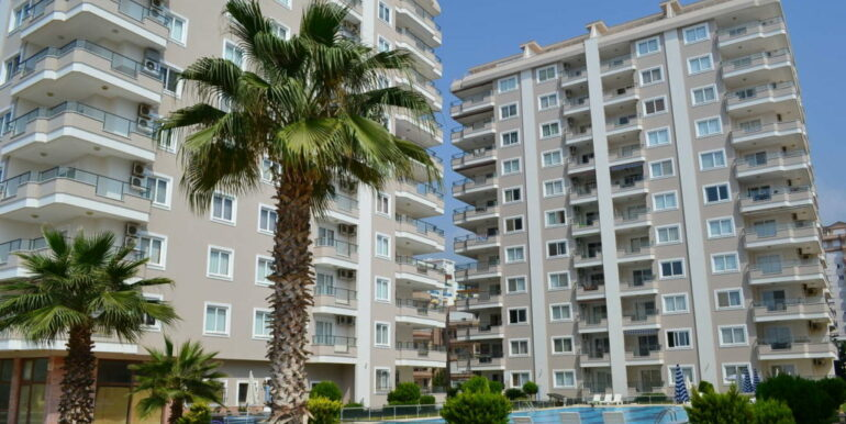 99000 Euro Sea View Apartment For Sale in Alanya Beachfront 2