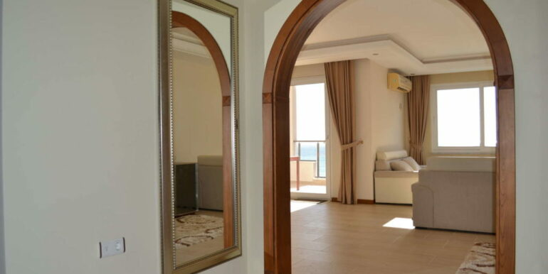 99000 Euro Sea View Apartment For Sale in Alanya Beachfront 3