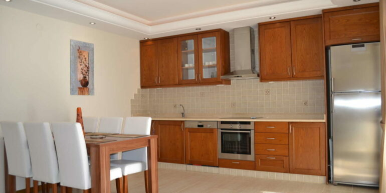 99000 Euro Sea View Apartment For Sale in Alanya Beachfront 5