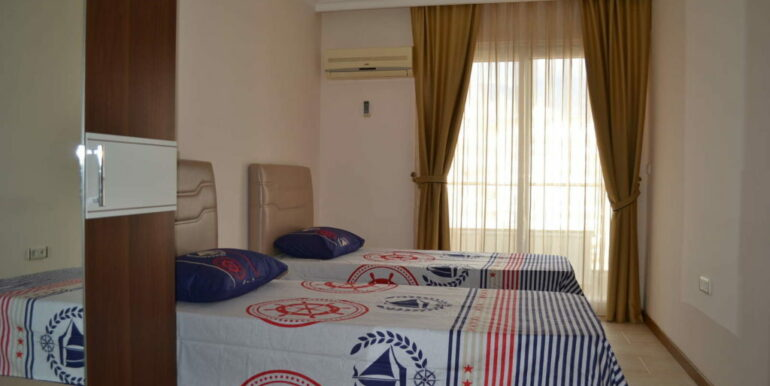 99000 Euro Sea View Apartment For Sale in Alanya Beachfront 8