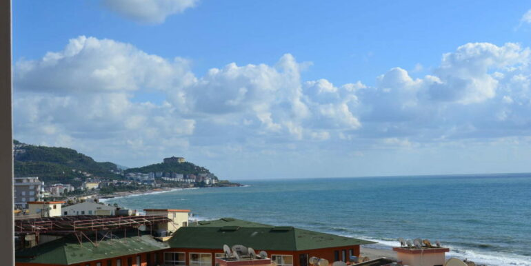 99000 Euro Sea View Apartment For Sale in Alanya Beachfront 14