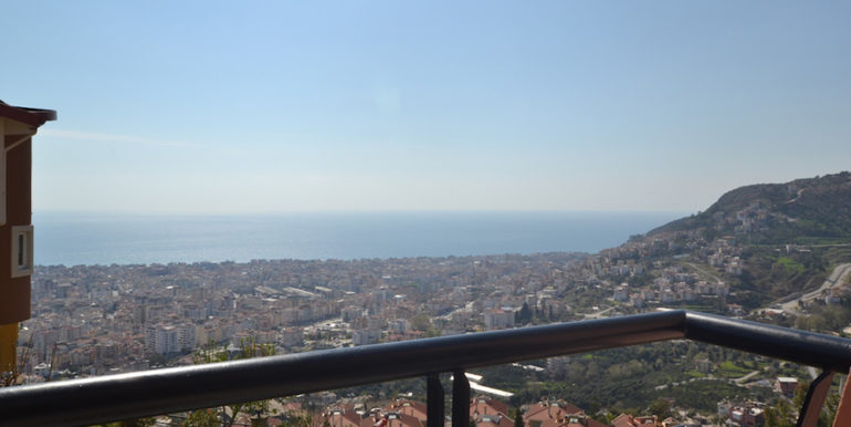 99000 Euro Sea View Penthouse For Sale in Alanya 22