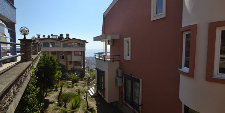 99000 Euro Sea View Penthouse For Sale in Alanya 24