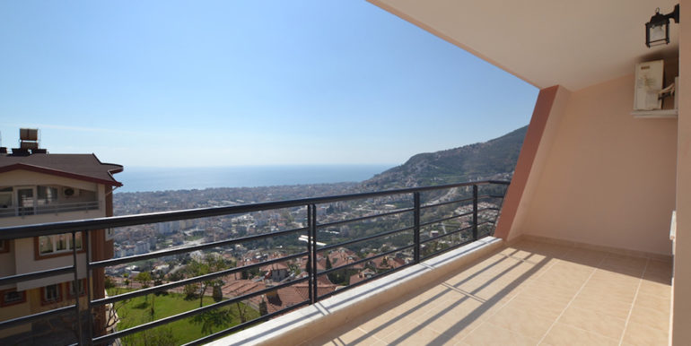 99000 Euro Sea View Penthouse For Sale in Alanya 28